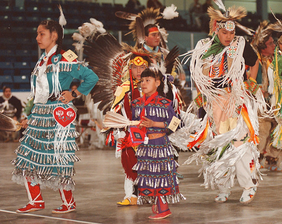 "5/3/97-- pow-wow --Takaaki Iwabu photo-- Participants of pow-wow at Niagara Falls, Ontario, shows their steps at Memorial Area Saturday. (photography was prohibited during the grand entry by veterans because it was ""sacret ceremony."") <br /> <br /> 1A Sunday, color"
