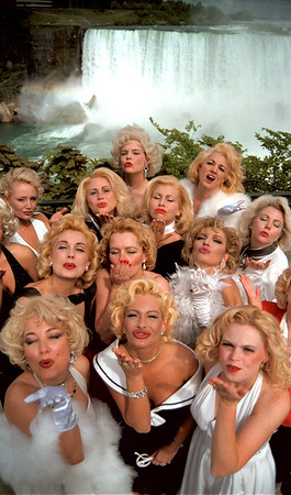 98/05/21 Marilyn Contest 1-Rachel Naber Photo- Marlyin monroe look alikes compete for a part in a documentary on the actresses famous walk by Niagara falls.