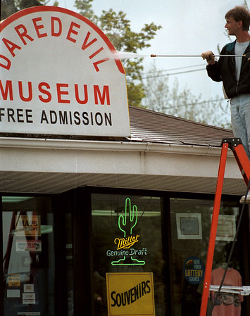 98/05/01 Mr Awning-Rachel Naber Photo-Mark Trane is owner/operator of Mr.Awning keeping the city clean with his new business yesterday on third street at the Dare Devil Museum.