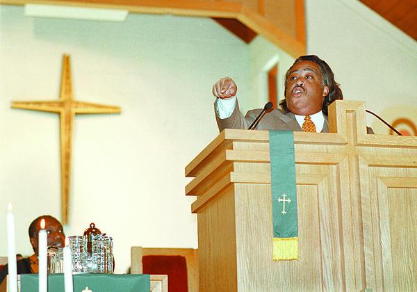 98/08/16 SHARPTON #1 *Dennis Stierer Photo -<br /> Rev. Al Sharpton during a serman at St. JohnÕs African Methodist Episcopal Church Sunday at noon.