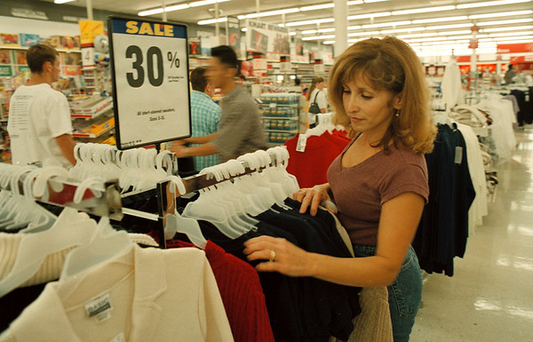 97/09/01--CLOTHING TAX BREAK--DAN CAPPELLAZZO PHOTO--MARISA SCALZO, TOWN OF NIAGARA, BROWSES IN THE WOMANS CLOTHING SECTION OF KMART, MILITRARY RD.<br /> <br /> 1A NEWS
