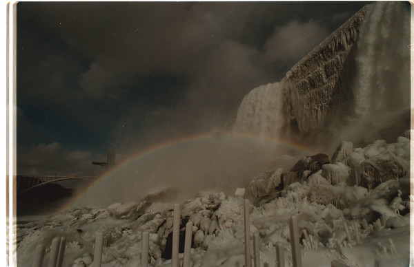 98/03/11 Falls Rainbow - James Neiss Photo - Rainbow seen from Cave of the Winds Decking.