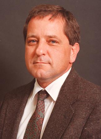 5/16/97-- Mike Murawski, mug--- Murawski, candidate for Niagara Wheatfield School Board. <br /> <br /> editorial, mug