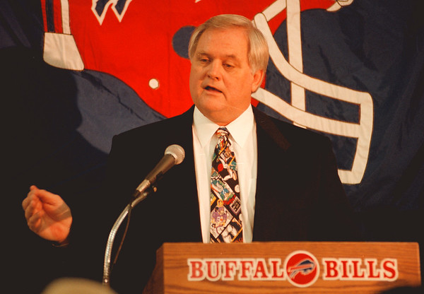 98/01/05--BILLS/WADE TIGHT--DAN CAPPELLAZZO PHOTO--BILLS  NEW HEAD.