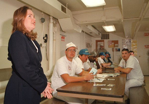 97/10/17--UNITED WAY/LOCKPORT--DAN CAPPELLAZZO PHOTO--JODI HARPER, A SR. CASE WORKER FOR BIG BROS. AND BIG SISTERS OF NIAGARA COUNTY MAKES A PRESENTATION TO EMPLOYEES OF MULTIFOODS BAKERY PRODUCTS, LOCKPORT. THE PRESENTATION WAS PART OF A UNITED WAY DRIVE.<br /> <br /> LOCAL