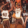 98/02/26--SECTIONAL/LASALLE COLOR--DAN CAPPELLAZZO PHOTO--LASALLE'S JAMES DAVIS COMES DOWN WITH THE REBOUND AS TEAMATE NATE MERCHANT HELPS OUT.<br /> <br /> SP