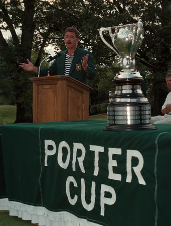 98/07/25 Porter Cup Winner 3 - James Neiss Photo - Porter Cup Winner Gene Elliott of West Des Moines, IO, Takes to the posium to say a few words after winning the 40th Porter Cup at the Niagara Falls Country Club in Lewiston, NY.