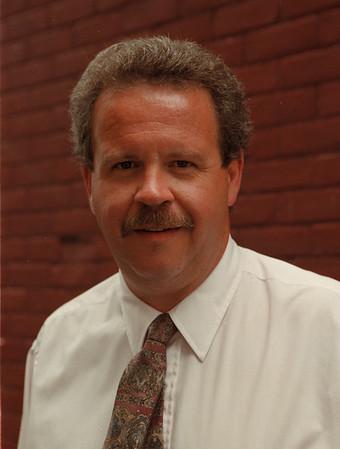 98/08/10 Keith Witmer - James Neiss Photo - Niagara Circulation Manager.<br /> <br /> Gazette