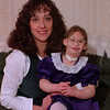 98/02/28 Vicki and Autumn *Dennis Stierer photo - A porrait of Vicki Dean and her daughter, Autumn.