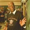 98/03/09-- famous amos--Takaaki Iwabu photo-- Wally Amos of Hawaii, owner of Uncle Noname, was a motivational speaker at Maple Avenue School Monday. He is a national spokes person for Literacy Volunteers of America. <br /> <br /> 1A, Tuesday, color