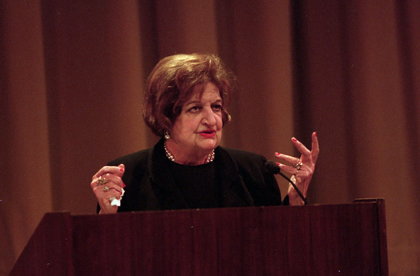 98/03/03 Thomas, Helen *Dennis Stierer photo - Helen Thomas, White House bureau chief for United Press International spoke at NCCC today in the Fine Arts Auditorium.