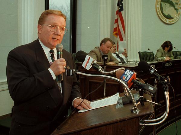 11/7/97-- Mayor Galie --Dan Cappellazzo photo-- Niagara Falls Mayor Jim Galie at City Hall...