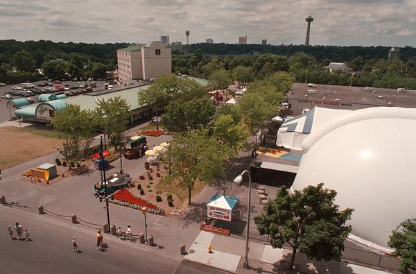 7/22/97--SUMMER FAIR--DAN CAPPELLAZZO PHOTO--A VIEW OF THE WEST MALL/ELECTRIC FAIR WHERE THE SUMMER FAIR WILL TAKE PLACE.<br /> <br /> 1A