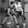 98/02/12--lasalle hoops b&W--dan cappellazzo photo--lasalles' james davis guard nw frank pavicitch.'<br /> spo