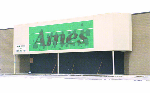 1/1/97 Ames  - James Neiss Photo - Ames on Millitary road remains empty. Some Residents think a grocerie store should open there.