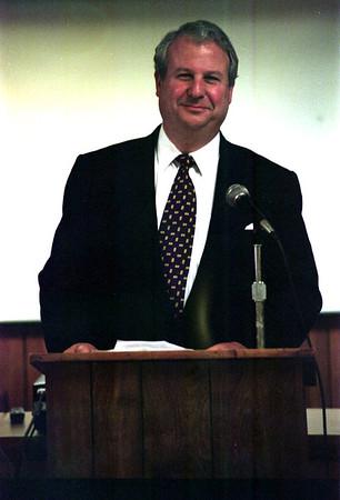 98/04/15 Mark, L-RAchel Naber Photo-Lance J Mark, out going board president speaks at Oak Orchard.