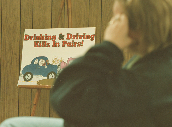 """98/01/03--driving school 2--Takaaki Iwabu photo-- A sign that reads """"Drinking & Driving Kills In Paris!"""" was hang in classroom at Niagara Driving School."""