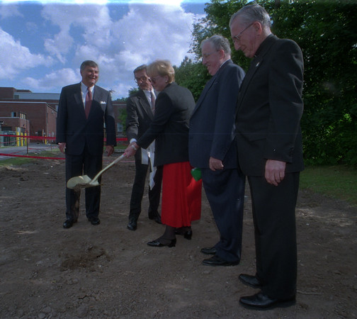 98/06/04 Hospital Expansion - James Neiss Photo - Dignitaries break ground for new building at Medina Memorial Hospital. L-R - Dick Davidson, Prsident of American Hospital Association, Herbert Brant, Mayor, Dawn Meland, Chairman of Hospital Board, Walter Becker, President and CEO and MSGR. Paul J. Whitney pastor of St. Mary's Church.