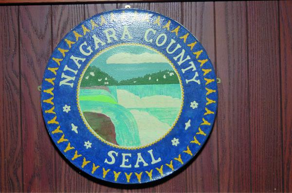 98/30/1 NF Seal- Rachel Naber Photo-Niagara County has no offical seal. Teresa,Sunday NG