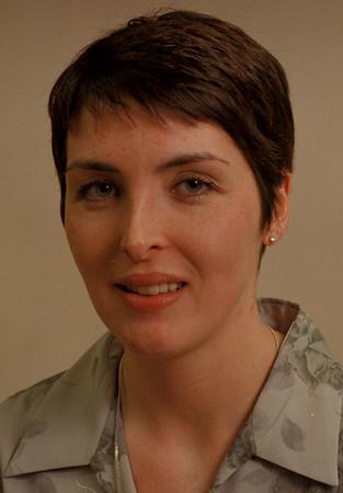 98/05/06-- Heather DeCastro-- mug of Heather DeCastro, candidate for Lew-Port School Board