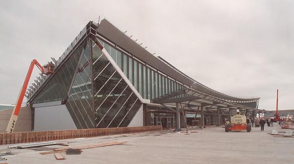 4/18/97 Buffalo Niagara Airport - James Neiss Photo -  Construction of the Buffalo Niagara Airport.