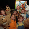 97/11/19--GASPORT ELE.--DAN CAPPELLAZZO PHOTO--STUDENTS WITH LLAMA PUPPETS AND LLAMA LADY SEE ATTACHED SHEET FOR ID'S.<br /> <br /> THURS PHOTO/TOO PAPER