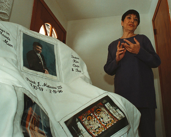 1/30/97--quilt of memory-- Takaaki Iwabu photo-- Gail Patrick made the quilt in the memory of his son who passed away by AIDS. For Judy's colum<br /> <br /> BW Wednesday