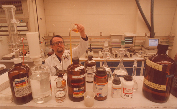 3/17/96 Oxy Chem - James Neiss Photo -  Oxidental Chemical Lab Technician Mike Gillis uses Potassium Chromate in the Analysis of Costic Soda in the Chlor-Alklai lab.