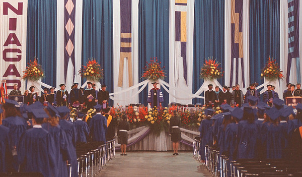 5/18/97--NU GRADUATION/OVERALL--DAN CAPPELLAZZO PHOTO--THE  1997 NU GRADUATION CEREMONY BEGINS TO A PACKED HOUSE OF GRADS AND PARENTS AT NFCC.<br /> <br /> 1A NEWS