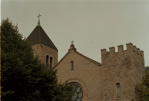 98/09/14 Niagara University - James Neiss Photo - NU Campus, church.