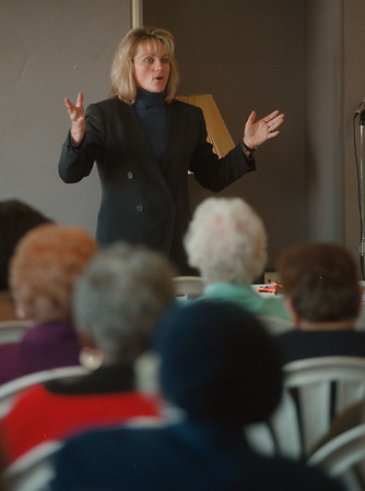 98/03/16 Phone Scams  - James Neiss Photo - Maureen T. Rasp-Glose, Community Affairs manager with Bell Atlantic, tells seniors about several phone scams used on the unsuspecting during a council on Aging Annual Meeting seminar.