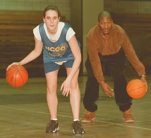 98/01/30--AOW/NCCC--DAN CAPPELLAZZO PHOTO--NCCC HOOPSTERS MICHELLE MILLENBLE AND RICARDO JACKSON LEAD THE JUCO IN SCORING.<br /> <br /> SP SUNDAY
