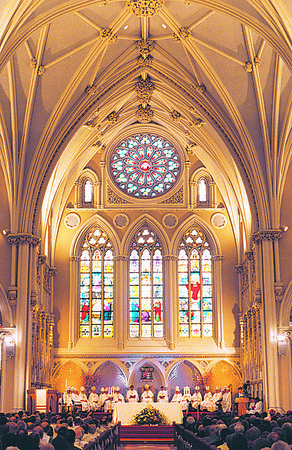 4/22/97--CARDINAL O'CONNOR 2--DAN CAPPELLAZZO PHOTO--CARDENAL O'CONNOR SITS IN THE CENTER OF THE ALTER OF ST JOSEPHS CATHEDRAL IN BUFFALO..<br /> <br /> 1A NEWS