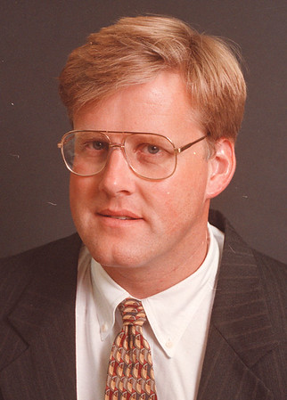 97/08/19--Richard T. Reinhard-- Richard T. Reinhard, chief operating officer at Niagara Falls Redevelopment Corp. <br /> <br /> opinion, mug