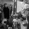 1/21/96-- This 'n That--Takaaki Iwabu photo-- Elaine and Julie Mayers, Town of Tonawanda, check the items at newly-opened This 'n That Crafts and Gifts at Summit Park Mall. The store features country and Victorian crafts made by more than 20 local artists. <br /> <br /> money, Thursday, BW
