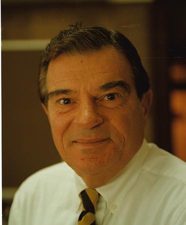 98/11/03 Guy Sottile - Vino Wong Photo - Niagara Councilman