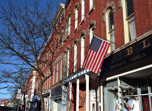 98/12/01 Medina -2   *Dennis Stierer Photo<br /> Downtown Medina, NY