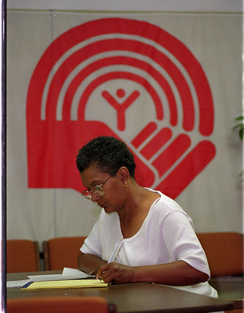97/09/15 Loaned Associate - James Neiss Photo - Narilyn Lyman, Ambassidor to Niagara Community Center, is on loan to the United Way of Niagara. She was working along side employees from Washinton Mills and Mt. St. Mary's Hospital.