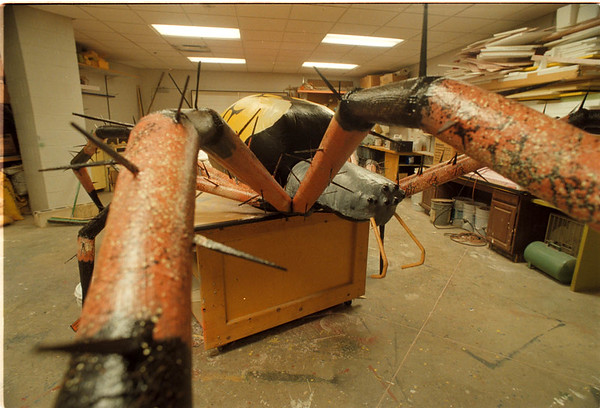 2/5/97 Spider Science Museum - James Neiss Photo - Giant Spider to be displayed outside building. Buffalo Science Museum.