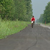 98/08/17 New Bike Path *Dennis Stierer Photo -<br /> Jeff Cacicia of Pendleton chekcs out the new bike path between Meyer Road and Campbell Blvd in Pendleton.