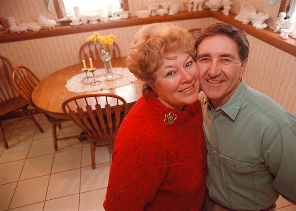 1/29/97-- valentine couple--Takaaki Iwabu photo -- Candy and Mike Promowicz, for Judy's Valentine's Day stroy. (The couple has been married for 31 years and they always have special day together at Valentine's Day)<br /> <br /> Sunday, feature