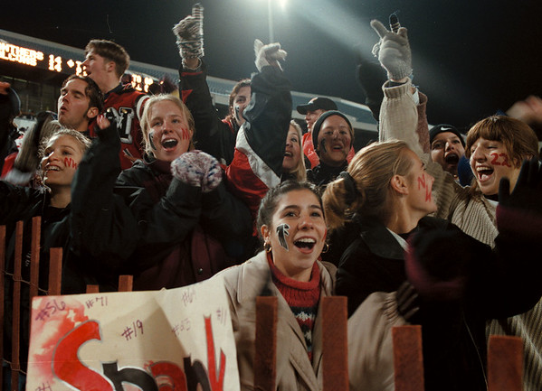 11/7/97-- Falcons --Takaaki Iwabu photo-- Students of Niagara Wheatfield High School react to their team's play in the 4th Q of the championship game Friday at Rich Stadium. <br /> <br /> 1A, Saturday, color
