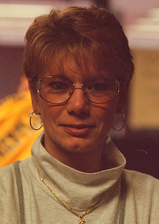 2/1/97-- emq 2, Sharon Johnson, Youngstown-- I feel County leaders should look for the unemployment problem as a priority. Too many people are on welfare. They need to find some type of incentives to keep the business in the area alive.