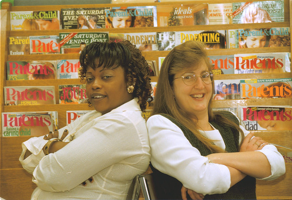 98/25/98 Focus on Families - James Neiss Photo - L-R - Michelle Morgan of 4th Street and Lorna De Long of 59th Street.. Judy K Assignment