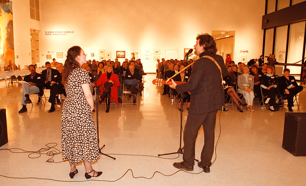 97/10/17--CASTELLANI ARTS--DAN CAPPELLAZZO PHOTO--GLENN  McCLURE AND ALLYSSA QUINN, OF NYSCA LIVINGSTON COUNTY, TELL THE STORY OF MARY JAMISON TO A FULL HOUSE AT THE CASTELLANI.<br /> <br /> LOCAL