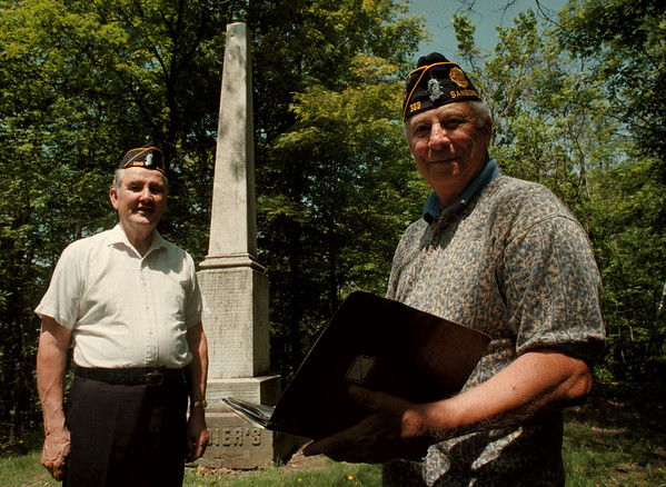 05/07/98-- memorial day --Takaaki Iwabu photo-- Gerald Treichler (Adjutant), left, and James Cranston (Commander) pose in front of the monument at Mount View Cemetary. They will post more than 800 flags on the veteran's graves in the area. (more info has been faxed..) <br /> <br /> tmc photo