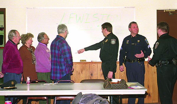 1/31/97--BLOCK CLUB/UPPER MT. FIRE--DAN CAPPELLAZZO PHOTO--(LTOR)CHARLES W. KRAFT, CHAIR., WANDA CUTINI, BLOCK CAPT. COOR, SAM GELFAND, BLOCK CAPT., SIMON SHAKARJIAN, BLOCK CAPT. SPEAK WITH CHIEF LEWISTON RON WINKLEY, SGT ROSS ANNABLE, TOWN NIAGARA, AND LEWISTON FRANK DISPENZA AT UPPER MTN. FIRE HALL.<br /> <br /> ECHO