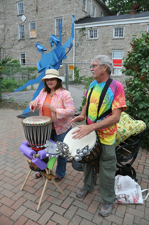 110610  Peace Drums 2 - NG