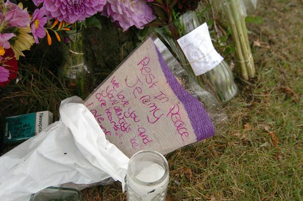 100927 car crash memorial 3