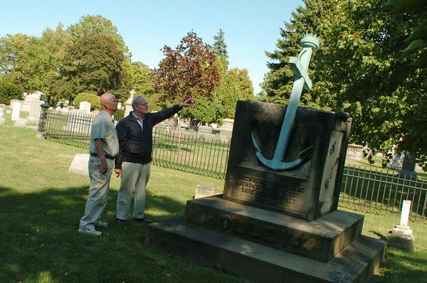 100913 Oakwood cemetery2